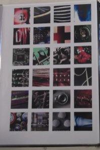 Geert van Ooijen heeft ook veel bewaard, dit zijn de beelden die in de holle wand van het Jeugdjournaaldecor van 1995 te zien zijn. Niet in de tentoonstelling, want: Jeugdjournaal