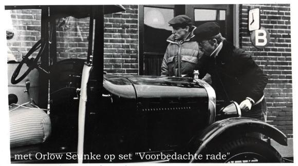 Orlow Seunke en Dorus van der Linden op de set bij Voorbedachte rade 1978. Bron: Dorus van der Linden