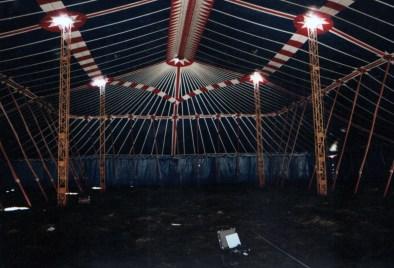 Tent Sterrenshow (VARA 1984-1986), decor: Hub Berkers. Collectie Hub Berkers / NIBG