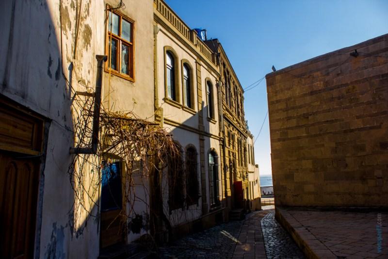 Улочка Баку