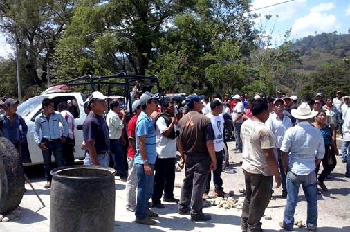 Estalla violencia en Chilón ante falta de agua