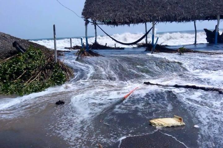Alerta en costas chiapanecas por efectos del 'mar de fondo'