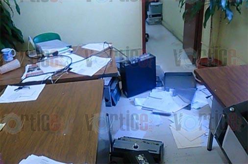 Queman oficinas del Ineval en Tuxtla