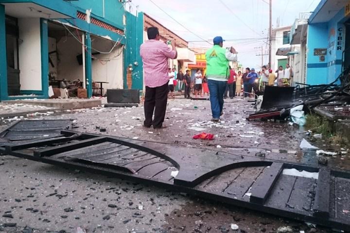 Explosión en el IESCH de Cintalapa