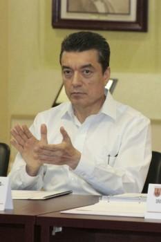 Invita Rutilio Escandón a apoyar a jóvenes internos