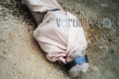 Asesinan a hombre y lo abandonan encobijado en Coita
