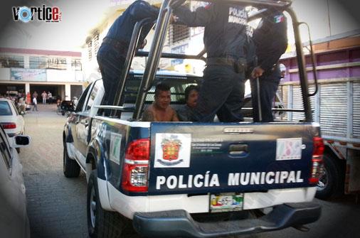 Caen cinco presuntos asaltantes que hirieron a locatarios en San Cristóbal