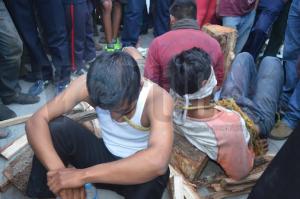 Amarran a tres hombres acusados de secuestro en Ocosingo