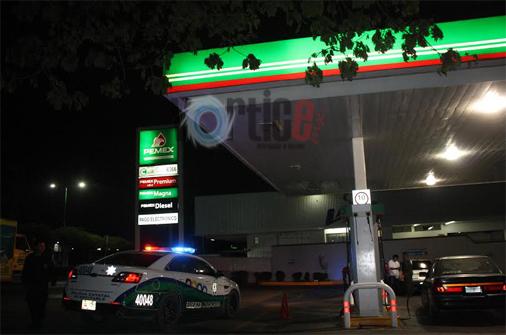 Robos en Tuxtla al alza; atracan gasolinera y se llevan 60 mil