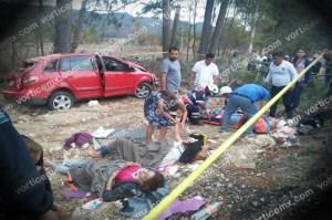 Muere bebé en accidente; cuatro personas más resultan heridas