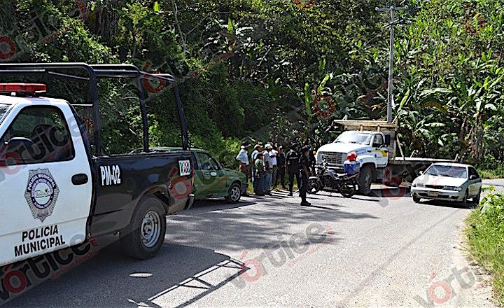 Hallan muerto a taxista en la zona Altos; presentaba signos de tortura