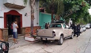 Disparan contra camioneta en intento de asalto_3