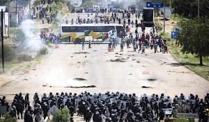 Gobierno bloquea cuenta bancaria que ayudaba a heridos en Nochixtlán: CNTE