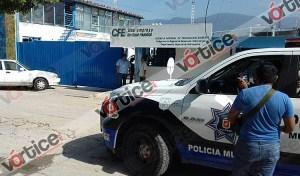 Hombres vestidos de la CFE roban medio millón de pesos; policías de la SSyPC se percatan y deciden no actuar