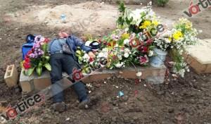 Se suicida presunto feminicida en la tumba de su víctima