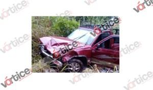 Muere automovilista en accidente; se destrozó la cabeza