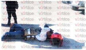 Acelerado automovilista provoca accidente y lesiona a motociclista
