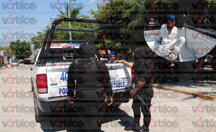 Colonos capturan e intentan linchar a ladrón en parque de La Caminera