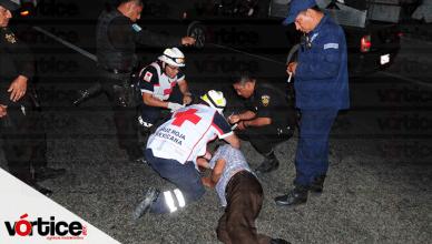 Colonos salvan a peatón de ser aplastado por un camión tres toneladas en Chiapa de Corzo