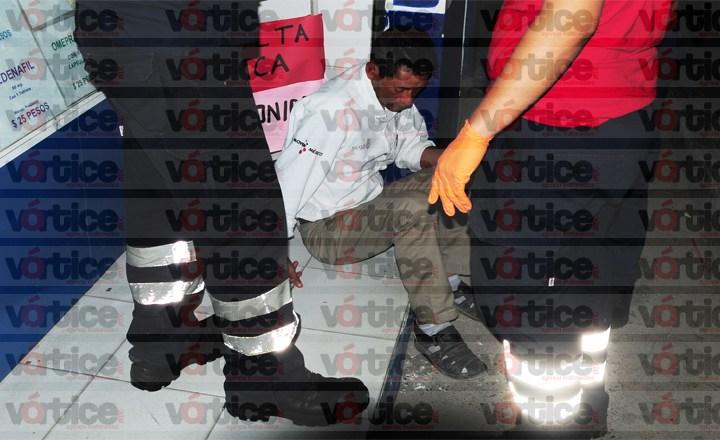 Se movilizan policías por presunto picahielazo a colono