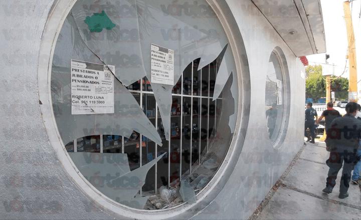 Atrapan a presunto ladrón tras persecución de los empleados en Tuxtla