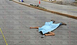 Derrapa motociclista en Tuxtla y muere de un golpe en la cabeza