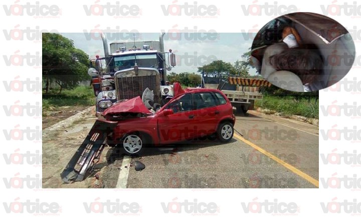 Muere madre e hija en fatal accidente
