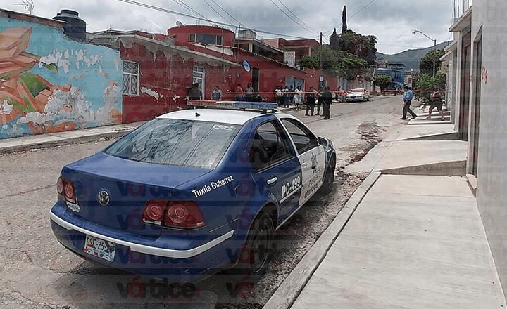 Localizan muerto a militar retirado en Tuxtla; estaba en medio de un charco de sangre