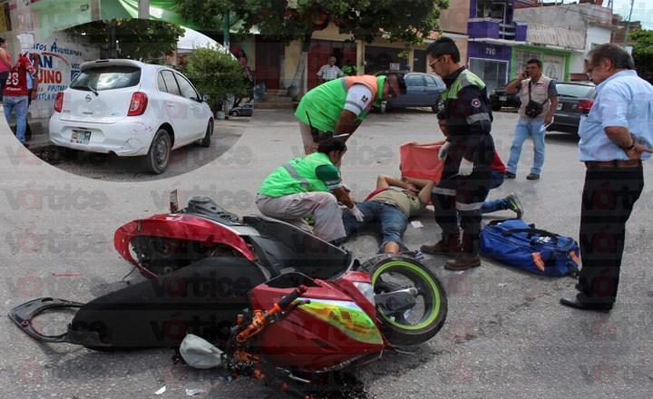 Motociclista se estrella contra un vehículo en el barrio Niño de Atocha