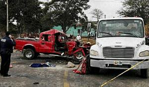 Muere menor tras carreterazo en Cintalapa; 9 personas más resultan heridas