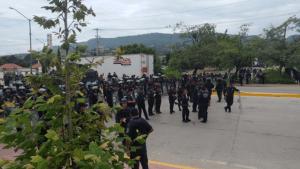 Antimotines de la SSyPC atacan a la prensa y a un grupo docentes en Tuxtla