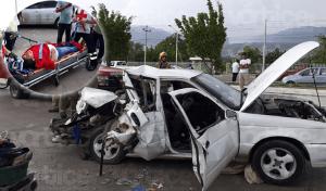 Prensados conductor y acompañante tras encontronazo en Tuxtla
