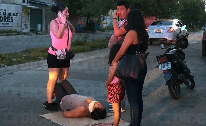 Motociclista atropella a una mujer en Real del Bosque
