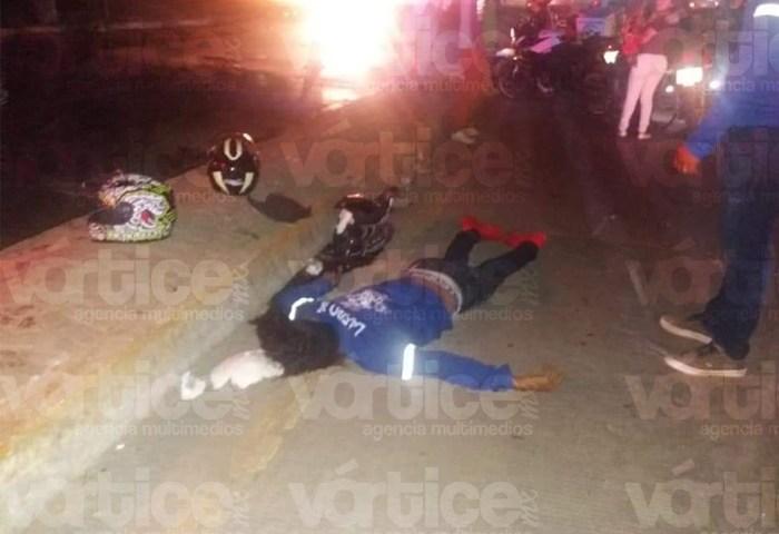 Muere joven tras derrapar por el asfalto mojado en Tuxtla