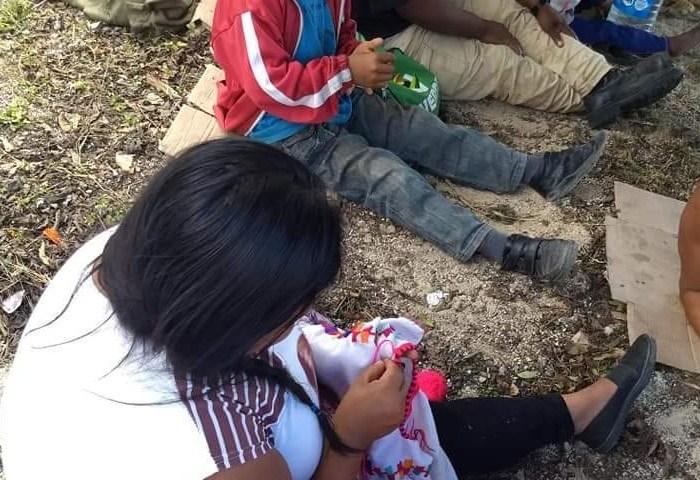 Continúa caravana de familias desplazadas en Chiapas