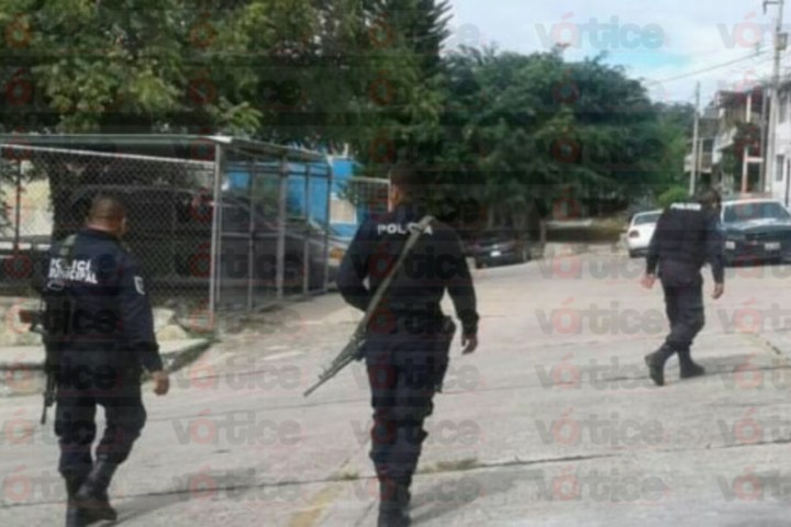 Policía Ministerial se enfrenta con presuntos ladrones de autos