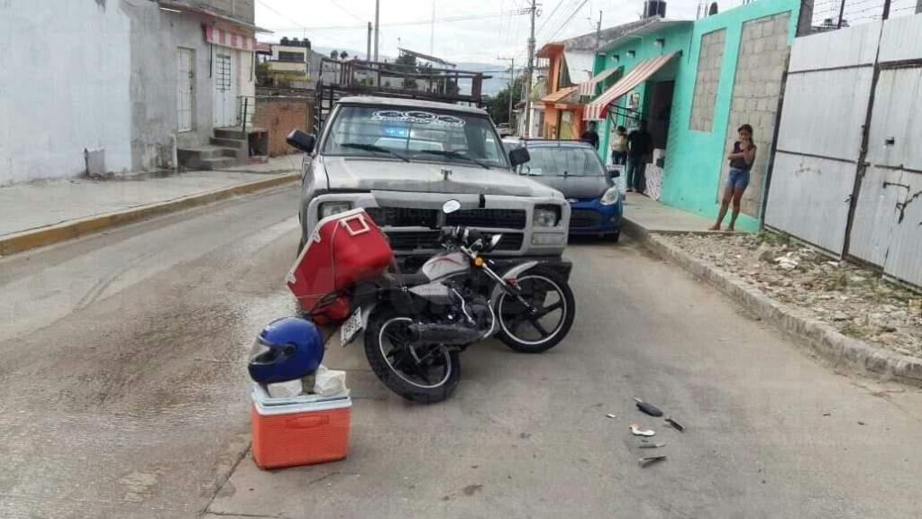 Impactó a un motociclista y lo mandó al hospital