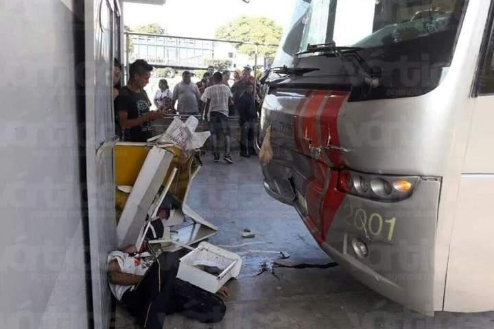 Autobús de la OCC aplasta y mata a vigilante de seguridad privada