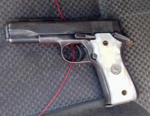 Investiga FGE a jóvenes por portación ilegal de arma de fuego
