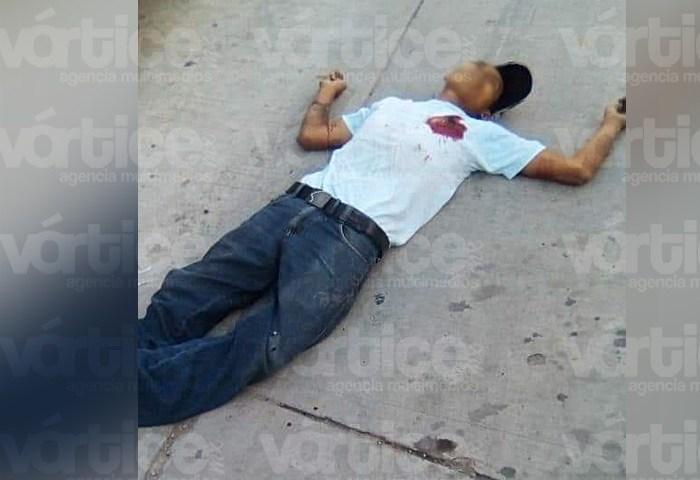 Asesinan de tres balazos a joven en Palenque