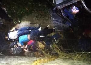 Aumenta a 25 la cifra de muertos en carreterazo de Soyaló