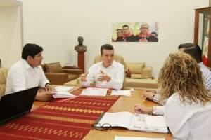 Rutilio Escandón sostiene encuentro con titular de Infonavit