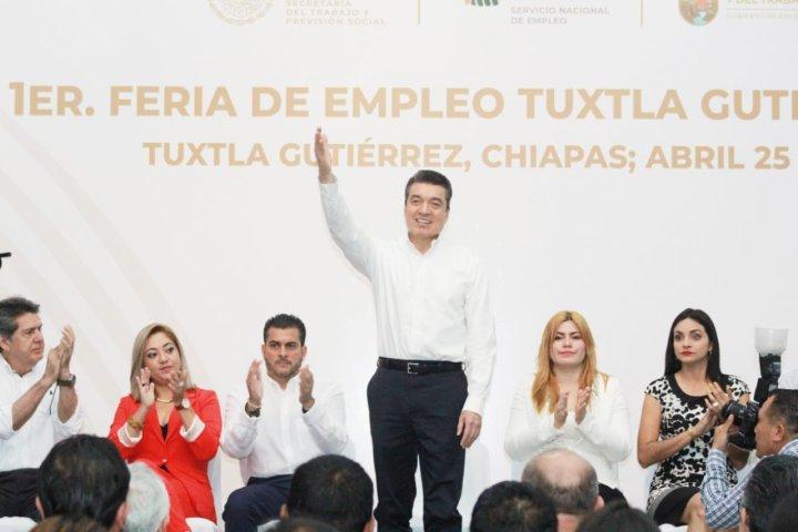 El empleo fortalece la integración social y la paz de los pueblos: Rutilio Escandón