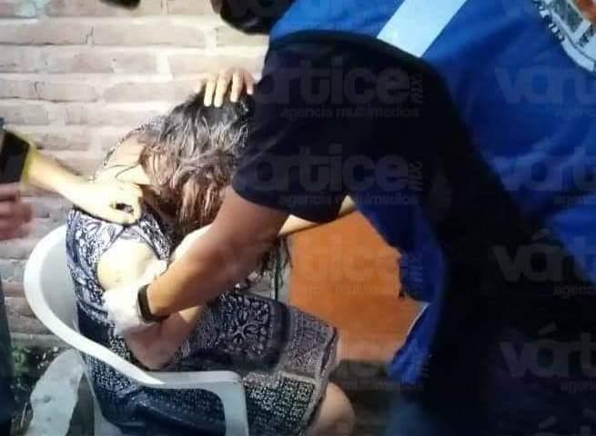 Feroz perro ataca a mujer