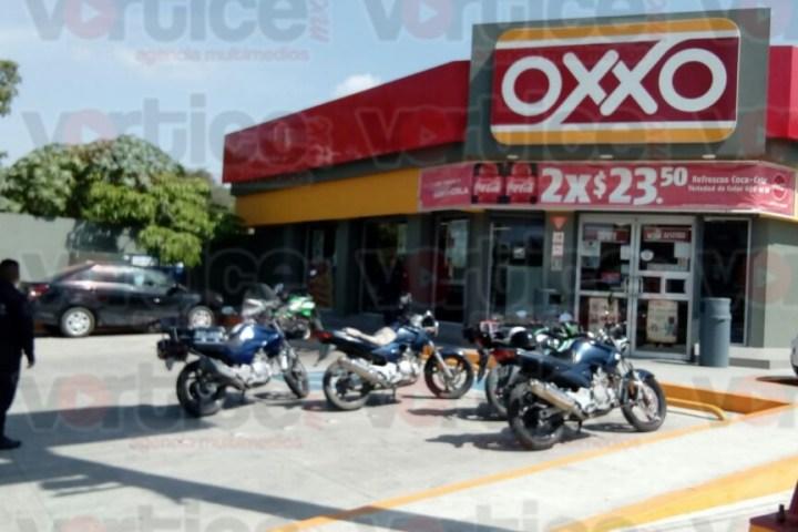 Asaltan otro OXXO en Tuxtla