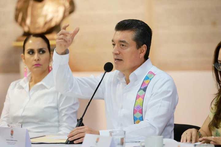 Llama Rutilio Escandón a colaboradores a trabajar con seriedad, lealtad y de corazón por Chiapas