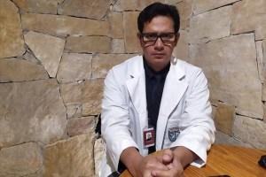 Desmiente médico acusaciones en su contra; denuncia campaña de desprestigio