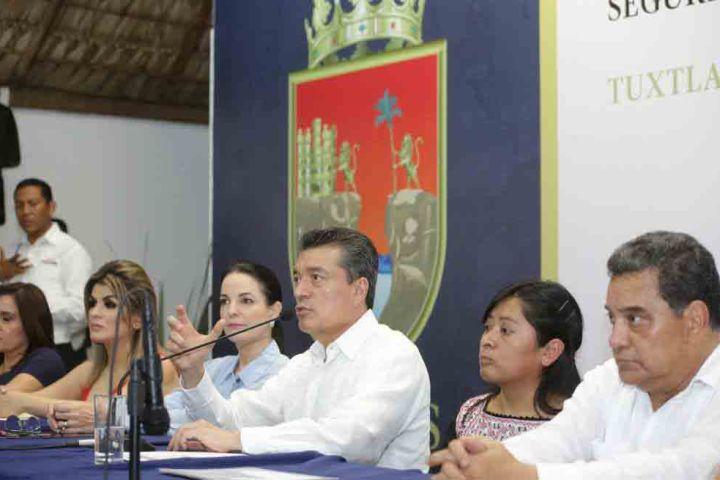 Urgente trabajar en unidad para que nadie atente contra niñas y mujeres: Rutilio Escandón