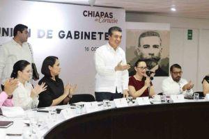 Mantener un trabajo honesto, sin defraudar al pueblo, pide Rutilio Escandón a sus colaboradores