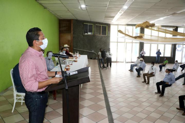 Ratifica Llaven Abarca combate frontal al abigeato en Pijijiapan